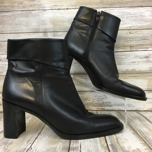 00fca7a0c0e5 Enzo Angiolini Shoes - Enzo Angiolini Brochet Black Zip Ankle Boots 8M.